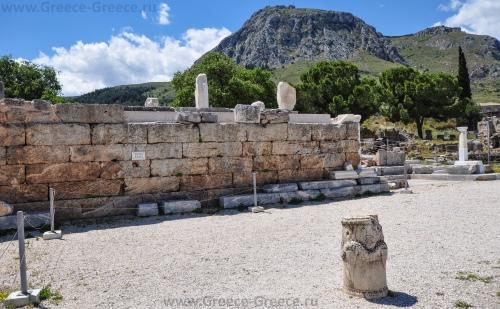 Бема (трибуна) в Коринфе