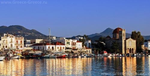 Красивый вид на остров Эгина