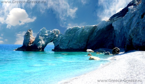 Пляж Лалария на острове Скиатос